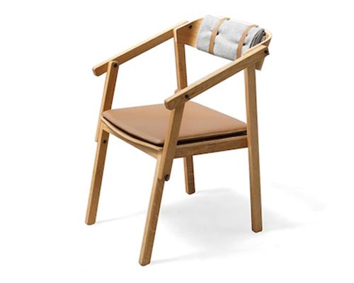 armchair-min