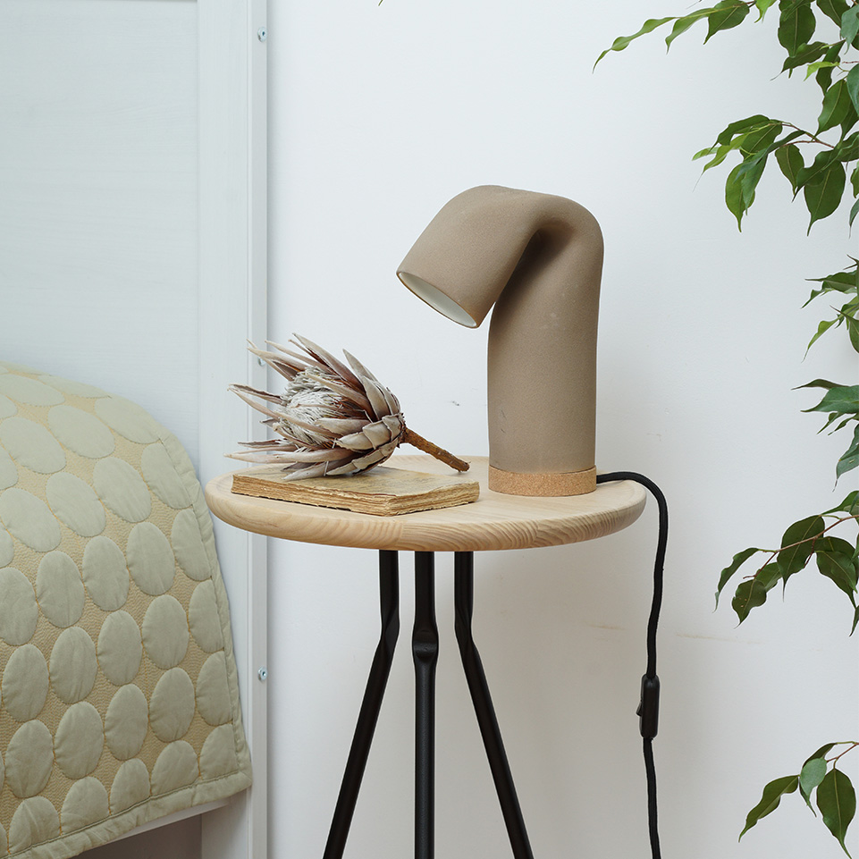 Ubikubi Bend Table Medium