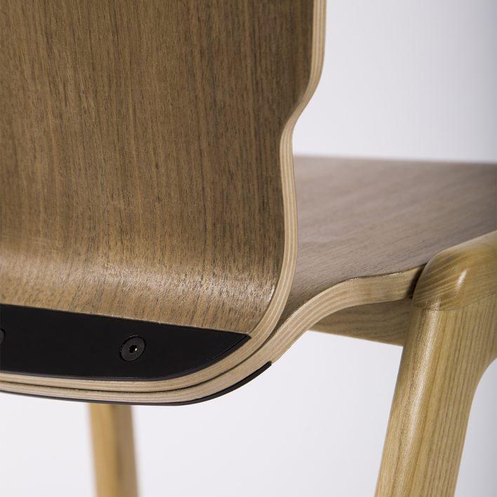 Ubikubi Tipro chair detail
