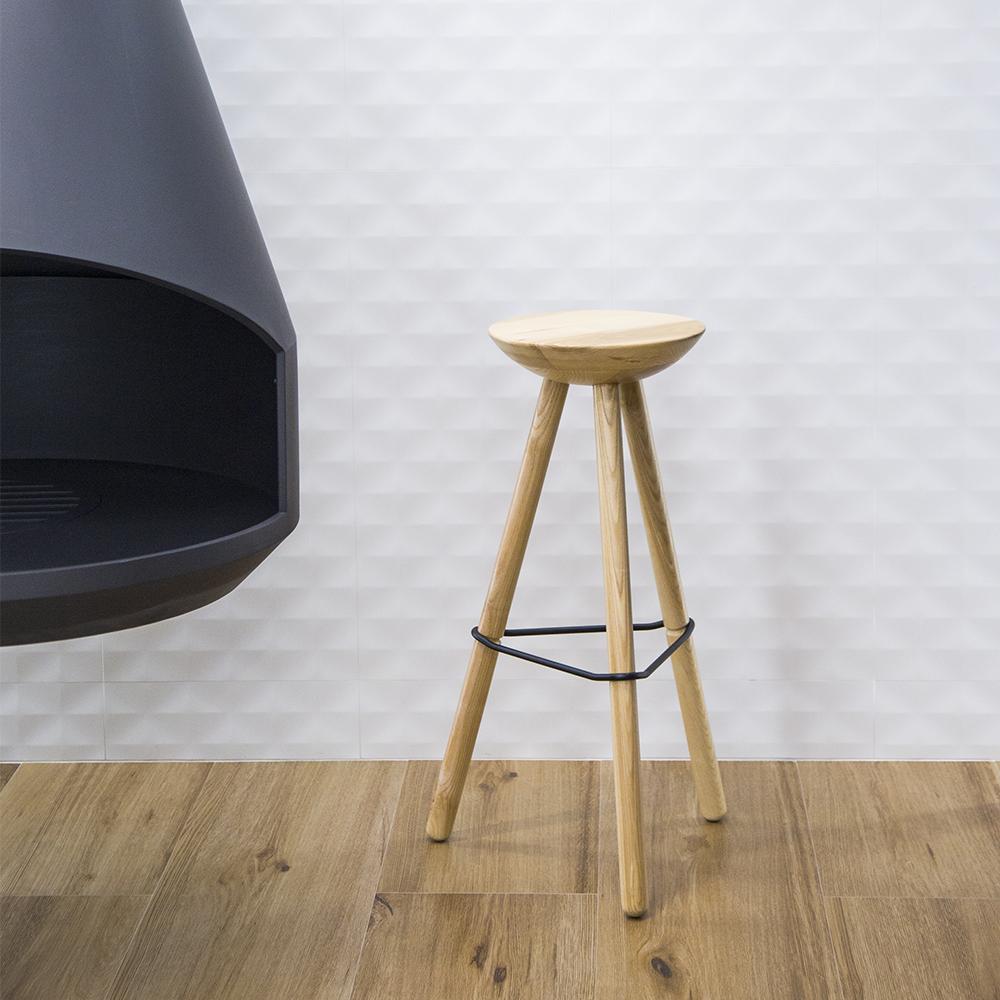Ubikubi tribut stool for rdw